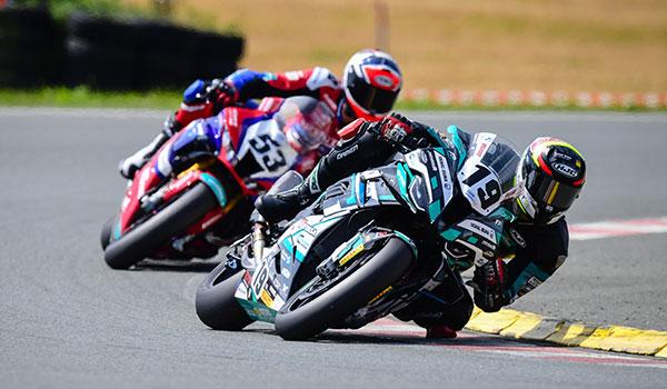 Adizz® Sponsoring für das IDM Superbike Team GERT56